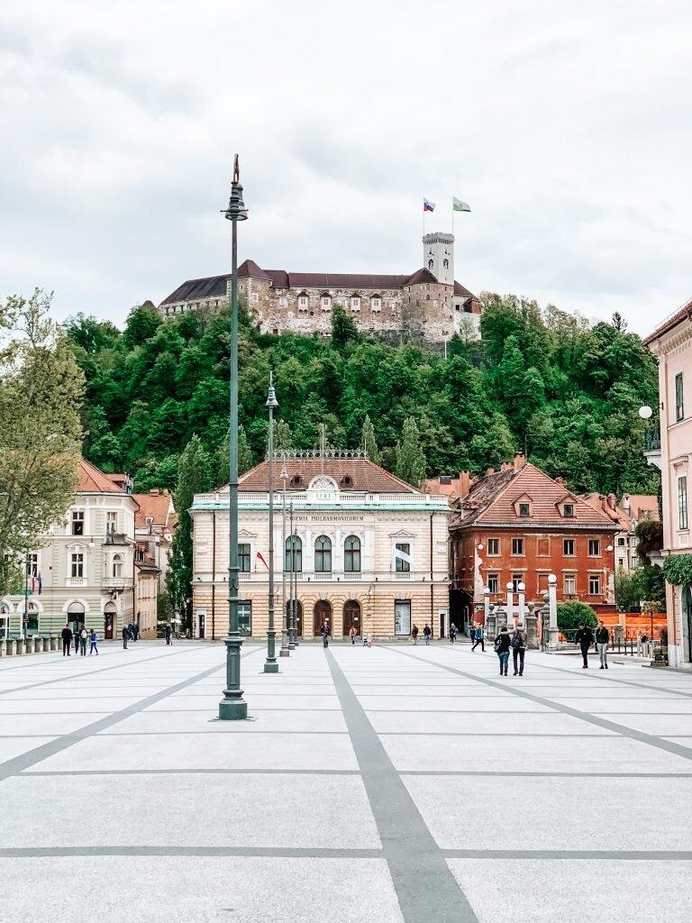 Widok na zamek w Lublanie