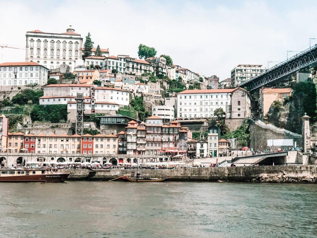Widok na Stare Porto z Vila Nova de Gaia