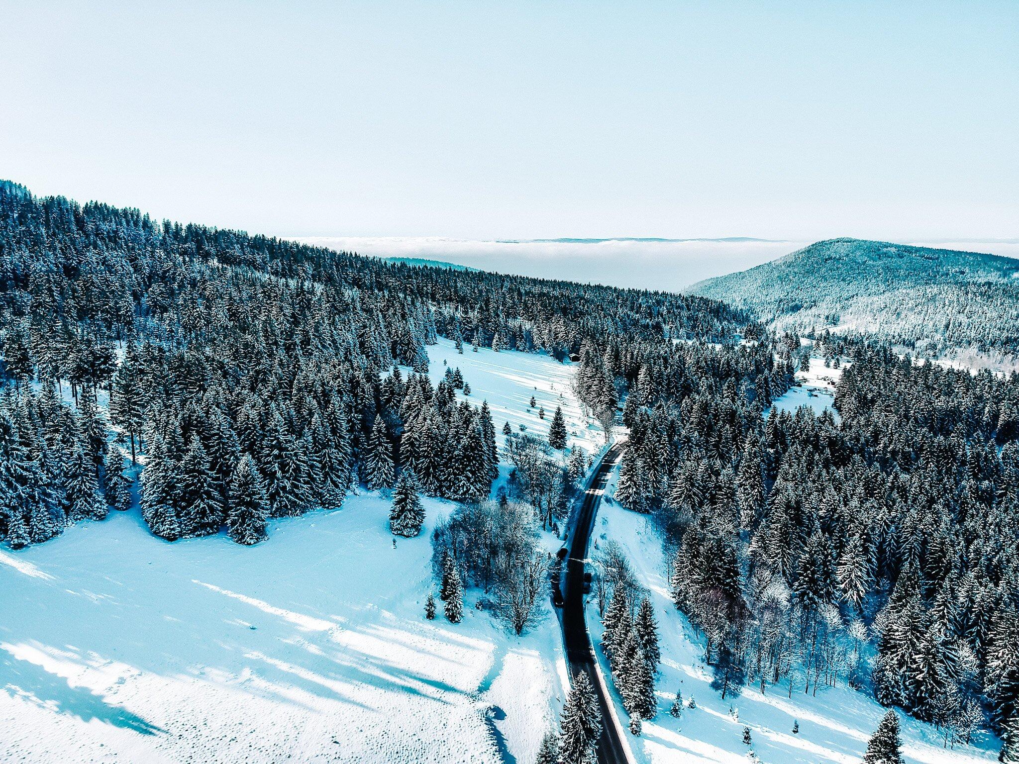 Jak przygotować się na wycieczkę w góry? Lista niezbędników do zabrania na szlak