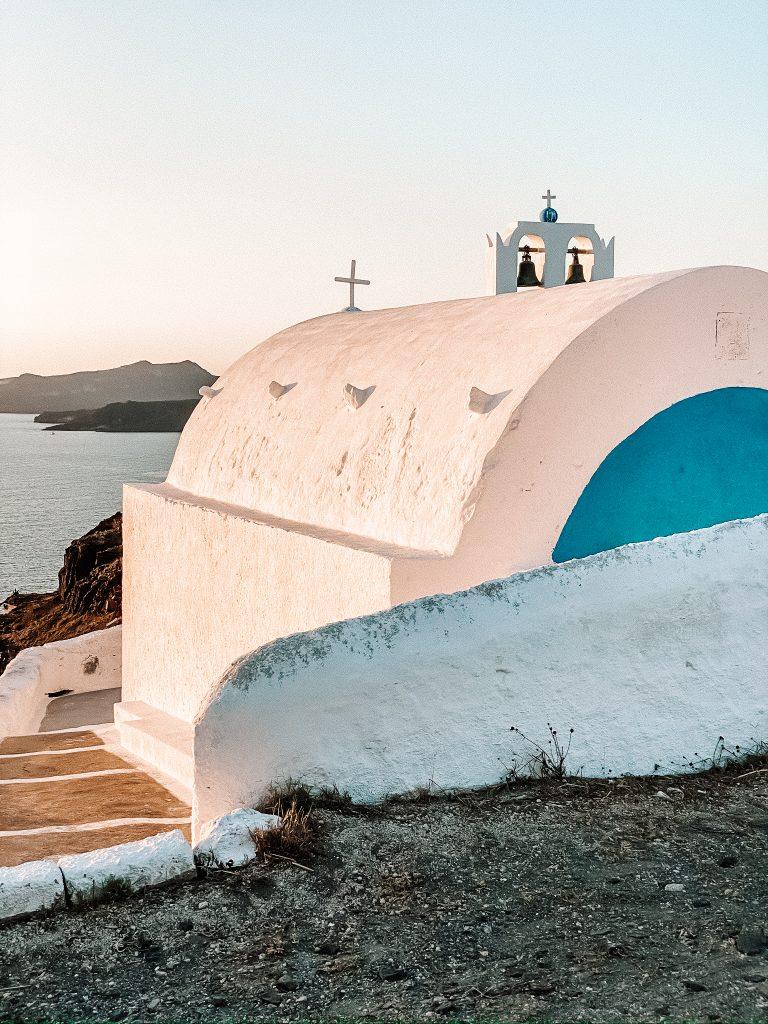 Zachód przy Taxiarhis Church