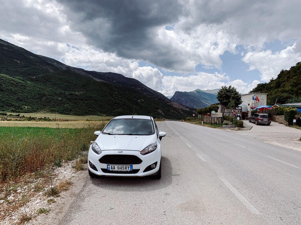 Wynajęty samochód w Albanii