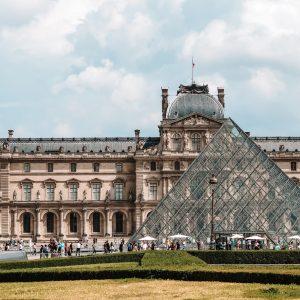 Paryż praktycznie – bilety lotnicze, noclegi, komunikacja i ceny