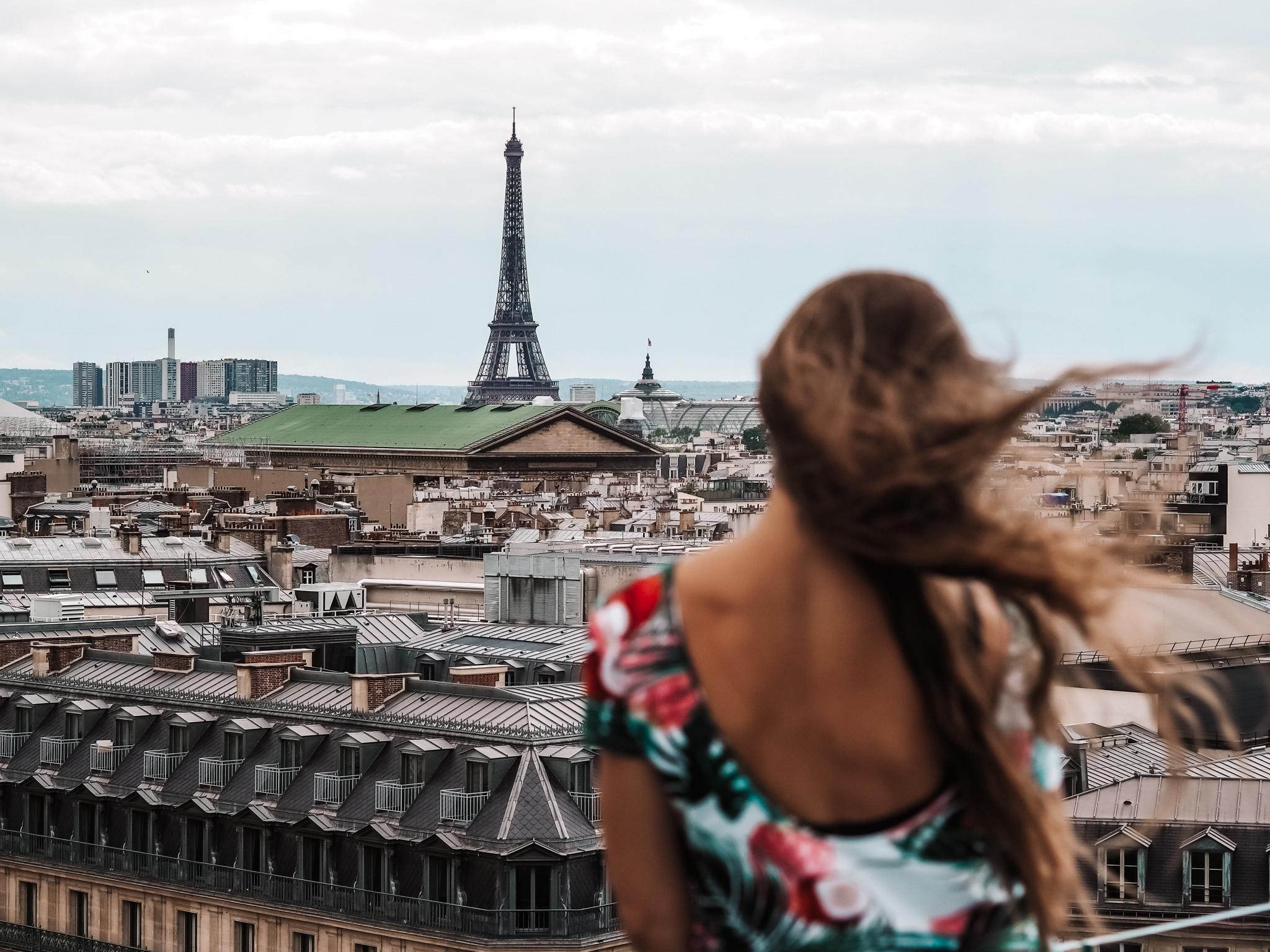 15 miejsc, które musisz odwiedzić, będąc w Paryżu [mapa]